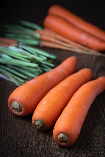 Carrots which could be a scarcer sight next spring. Photo by Chokniti Khongchum from Pexels.